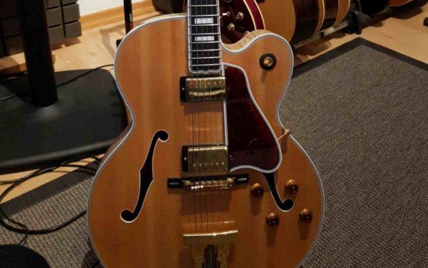 Die Archtop Gitarre